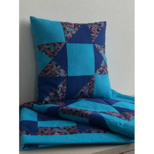 "Lovatiesės su pagalve komplektas (2 pledai ir pagalvė) ""Mėlyna Jūra"" 3"