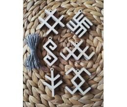 Mediniai kalėdiniai žaisliukai su baltiškais simboliais 3