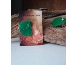 Auskariukai žalia spalva