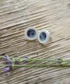 Auskarai su piešiniu - violetinės gėlytės